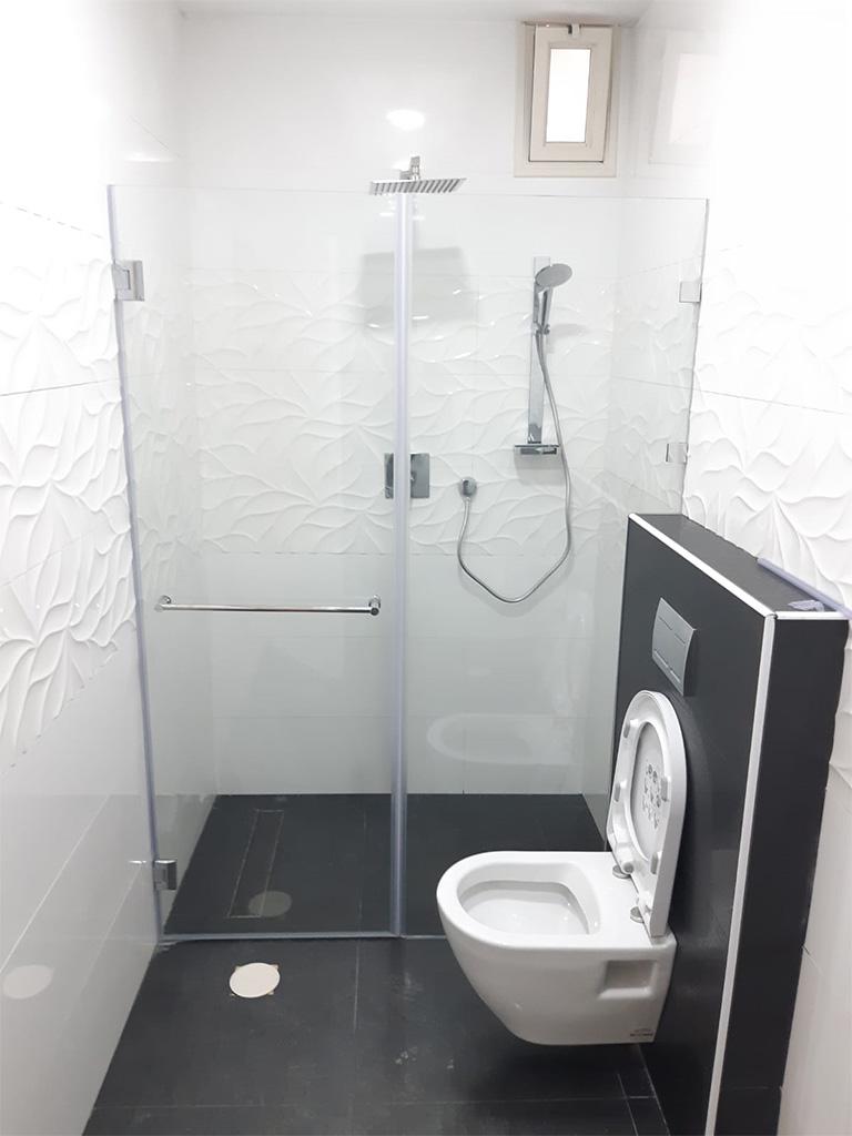 מקלחון חזית גבוה
